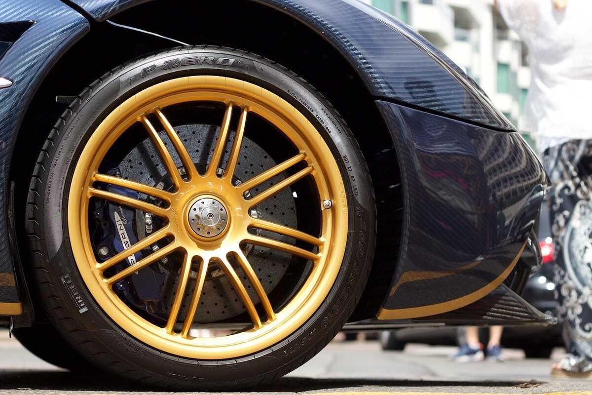 pneus-brillants-neufs