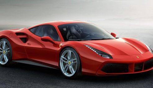 Ferrari 488 GTB bien plus puissante qu'une 458 italia