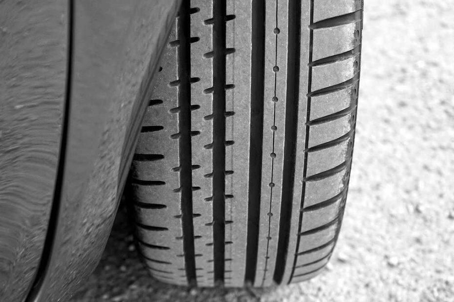 pneus-asymetriques